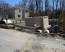 Setting the New Storm Water Vault at the Clayton Drive Storm Drainage
